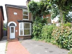End Terrace House To Let  Fareham Hampshire PO16