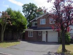 Detached House To Let  High Wycombe Buckinghamshire HP10