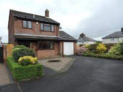 Detached House To Let  Stokenchurch Buckinghamshire HP14