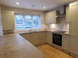 Maisonette To Let  Godalming Surrey GU8