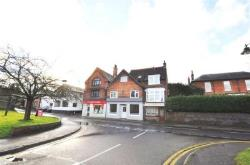 Flat To Let  Guildford Surrey GU5