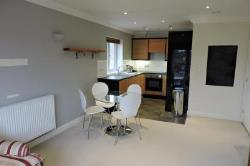 Flat To Let  Guildford Surrey GU1