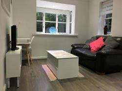 End Terrace House To Let  Guildford Surrey GU4