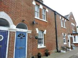 Terraced House To Let  Brighton West Sussex BN42