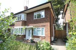 Maisonette To Let  Kingston Upon Thames Surrey KT2