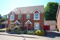 Semi Detached House To Let  Southsea Hampshire PO4