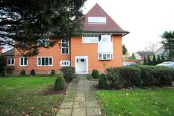 Flat To Let  Merstham Surrey RH1