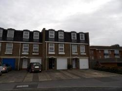 Terraced House To Let  Littlehampton West Sussex BN16