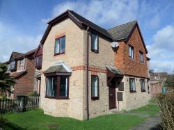 End Terrace House To Let  Warsash Hampshire SO31