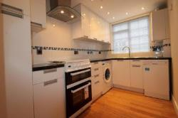 Maisonette To Let  Carshalton Surrey SM5