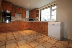 End Terrace House To Let  Carshalton Beeches Surrey SM5