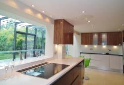 Detached House To Let  Weybridge Surrey KT13