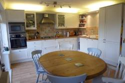 Terraced House To Let  Petersfield Hampshire GU31