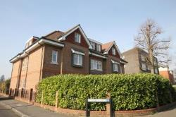 Flat To Let  Surrey Surrey KT15
