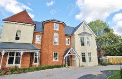 Flat To Let  Surrey Surrey KT13
