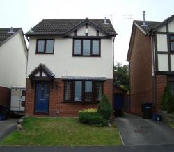 Detached House To Let  Macclesfield Cheshire SK10