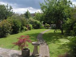 Semi Detached House To Let  Cheltenham Gloucestershire GL51