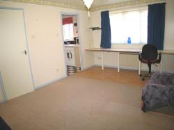 Flat To Let  Norwood Green Middlesex UB2