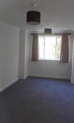 Flat To Let Cheam Sutton Surrey SM3