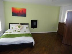 Room To Let  West Bromwich West Midlands B71