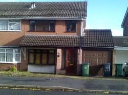 Detached House To Let  Rowley Regis West Midlands B65