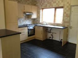 Terraced House To Let  Bolton Greater Manchester BL5