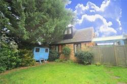 Detached House To Let  Iver Buckinghamshire SL0