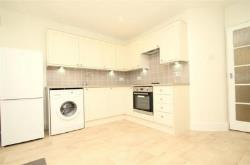Flat To Let  Chalfont St Peter Buckinghamshire SL9