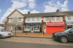 Flat To Let  Richings Park Buckinghamshire SL0