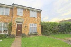 End Terrace House To Let  Iver Buckinghamshire SL0
