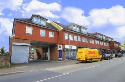 Flat To Let  Iver Buckinghamshire SL0