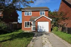 Detached House To Let  St Annes Lancashire FY8