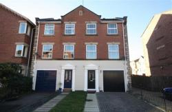 Semi Detached House To Let Victoria Dock Hull East Riding of Yorkshire HU9