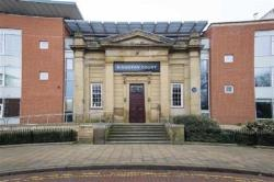 Flat To Let Kingston Sqaure Hull East Riding of Yorkshire HU2