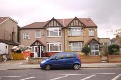Terraced House To Let  Brentwood Essex CM15
