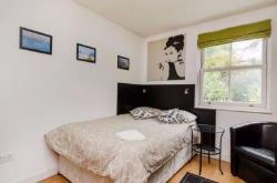 Flat To Let  Finchley Greater London NW3