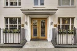 Flat To Let  Mayfair Greater London W1J