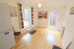 Semi Detached House To Let  West Ham Greater London E15