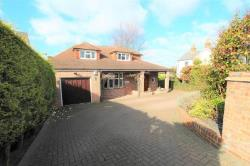 Detached House For Sale  Gravesend Kent DA13