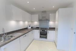 Terraced House To Let  Greenhithe Kent DA9