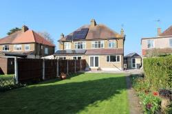 Semi Detached House For Sale  Gravesend Kent DA13