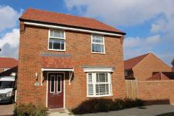 Detached House To Let  Swanscombe Kent DA10