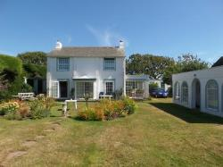 Detached House To Let  West Wittering  West Sussex PO20