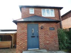 Detached House To Let  Chichester West Sussex PO19