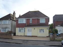 Detached House To Let  Bognor Regis West Sussex PO22