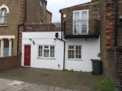 Terraced House To Let  Highbury Greater London N5