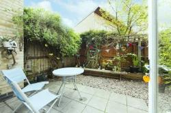 Flat For Sale  Islington Greater London N7
