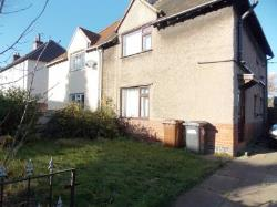 Semi Detached House To Let  Ilkeston Derbyshire DE7