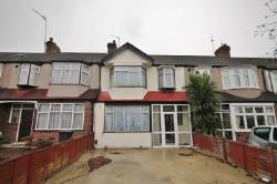 Terraced House To Let  London Greater London SW20