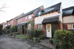 Terraced House To Let  Kingston Upon Thames Surrey KT2